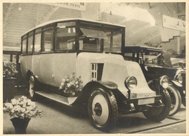17-leo-kors-renault-rai-1923