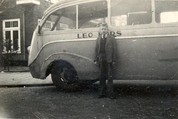 22-bedford-carr-beynes-1935-leo-kors-jr