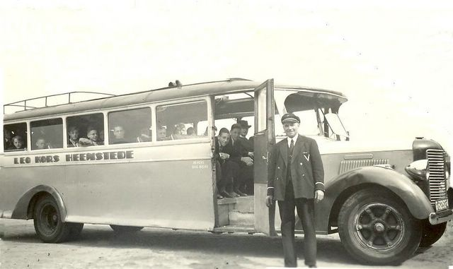 25-bus-3-republic-chauffeur-gouma