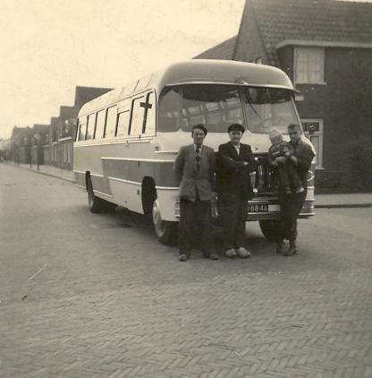 79-jan-henk-en-leonie-kors-1956