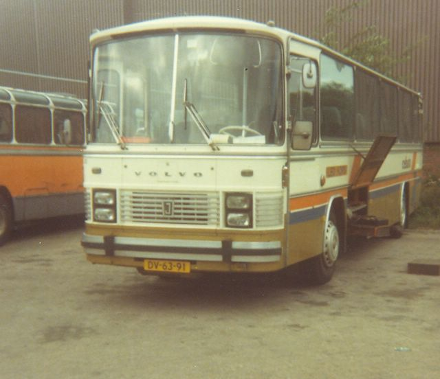 091-bus-28-cebuto