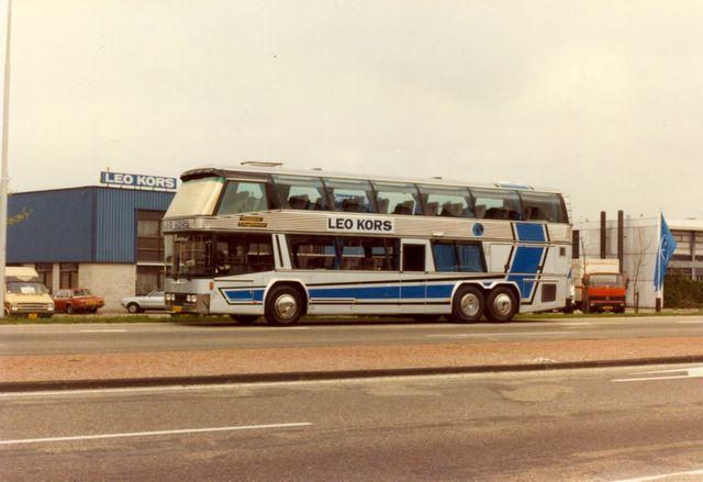 135-neoplan-1982-garage-heemstede